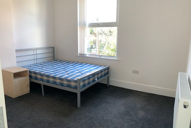Bedroom 2 of Daisy Avenue, Manchester M13