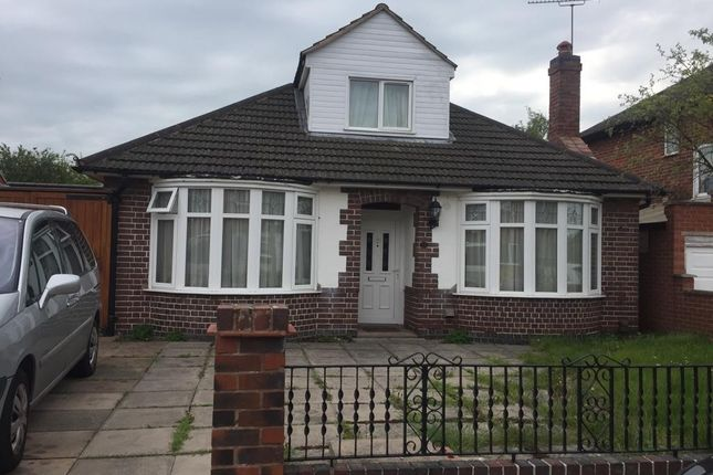 Thumbnail Bungalow for sale in Romway Avenue, Leicester