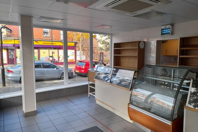 Thumbnail Retail premises for sale in Bakers & Confectioners NE26, Tyne And Wear