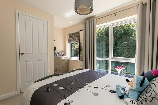 Bedroom One of Brodwell Grove, Nottingham NG3