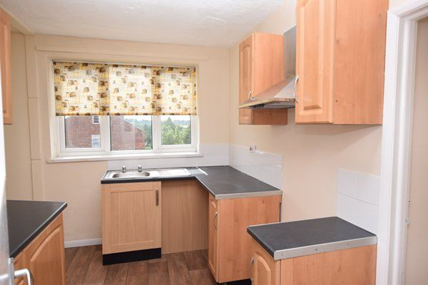 Thumbnail Flat to rent in Leeming Lane South, Mansfield Woodhouse, Mansfield