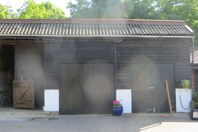 Commercial property to let in Weald Road, South Weald, Brentwood
