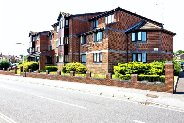 2 bed flat for sale in Stakes Road, Purbrook, Waterlooville