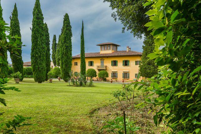 Villa for sale in Villa Orchidea, Tuscany, Italy