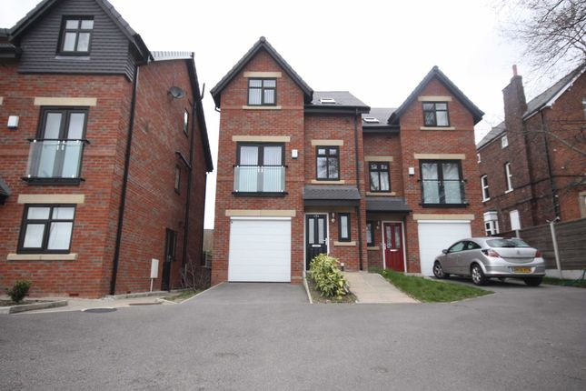 Thumbnail Mews house to rent in Chaddock Lane, Worsley, Manchester