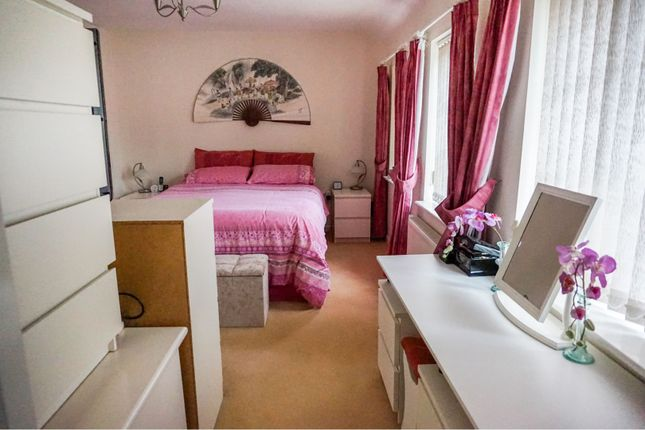 Bedroom One of Kings Stand, Mansfield NG18