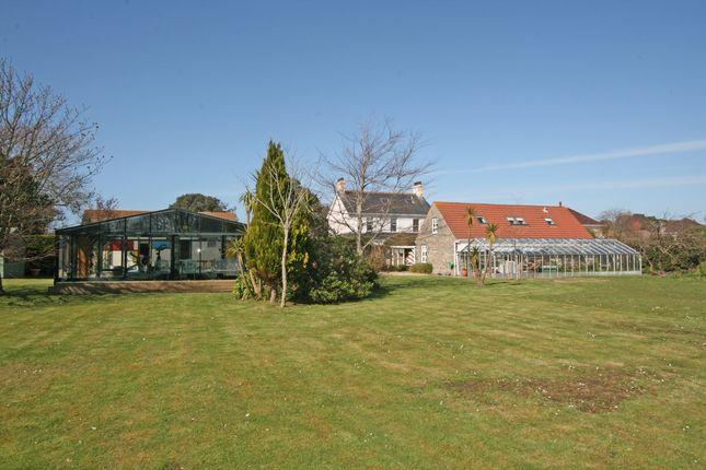Thumbnail Detached house for sale in Braye Du Valle, St Sampson's, Guernsey