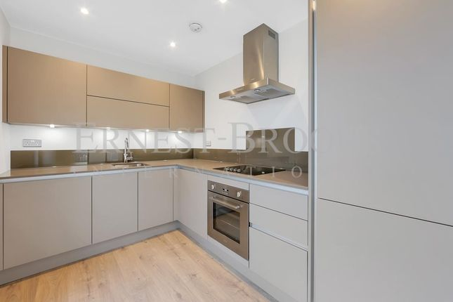 Thumbnail Flat for sale in Legacy Tower, Stratford Central, Stratford