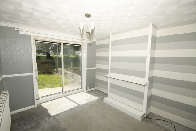 Thumbnail Property to rent in Victoria Terrace, Sittingbourne