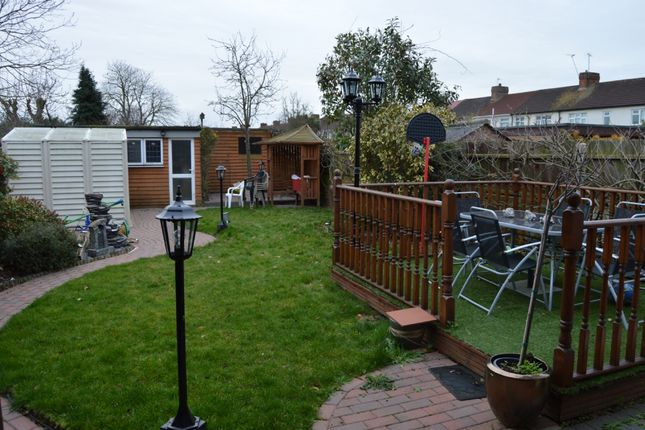 Thumbnail Semi-detached house for sale in Chestnut Avenue, Hornchurch