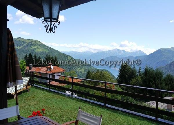 4 bed villa for sale in Casasco D'intelvi, Lake Como, Italy