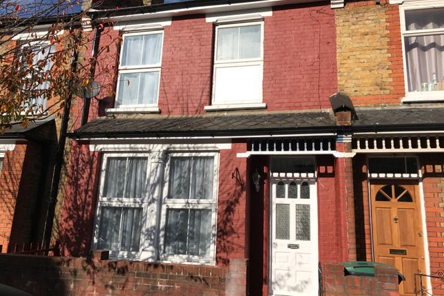 3 bed shared accommodation to rent in Argyle Road, Tottenham