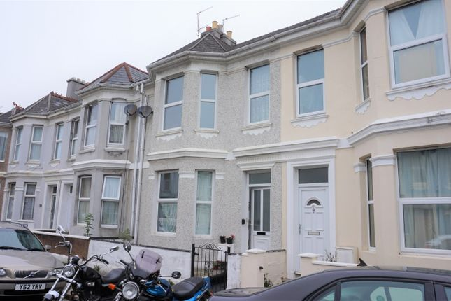 Thumbnail Town house for sale in Cotehele Avenue, Plymouth