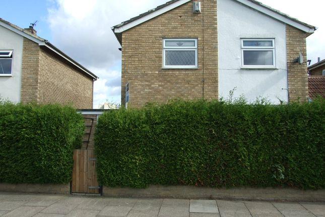 3 bed link-detached house to rent in Neasham Avenue, Billingham TS23