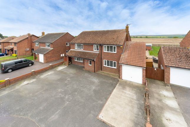 Thumbnail Detached house for sale in Oakley Road, Harwich, Essex