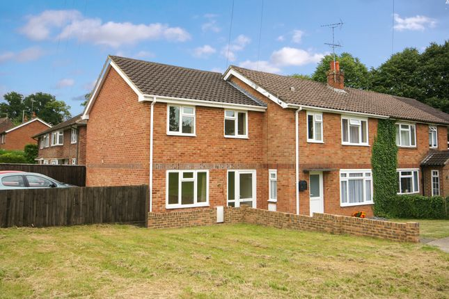 Thumbnail End terrace house to rent in Manor Road, Alton