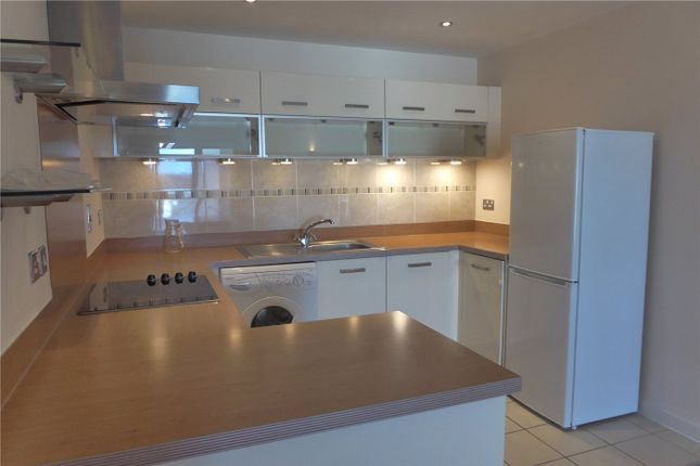 2 bed flat to rent in Broad Street, Northampton, Northamptonshire NN1