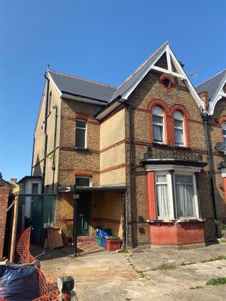 Thumbnail Property for sale in Hanworth Road, Hounslow