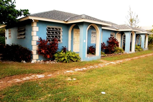 4 bed property for sale in Sea Breeze, Nassau/New Providence, The Bahamas