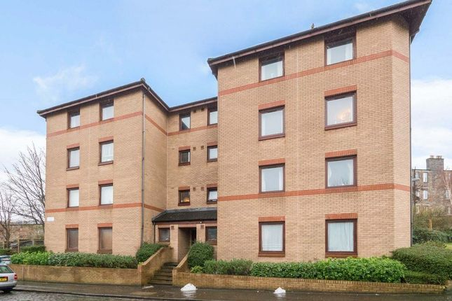 2 bed flat to rent in Annfield Street, Newhaven