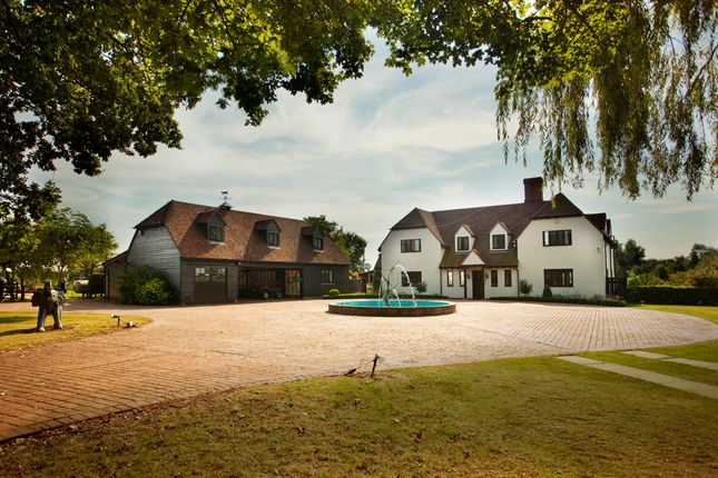 Thumbnail Detached house for sale in Andrews Lane, Dunmow