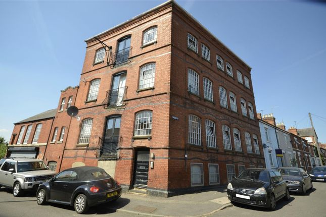 Thumbnail Flat for sale in 7 Crabb Street, Rushden, Northamptonshire
