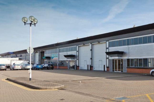 Thumbnail Industrial to let in Unit 7, Newtons Court, Crossways Business Park, Dartford, Kent