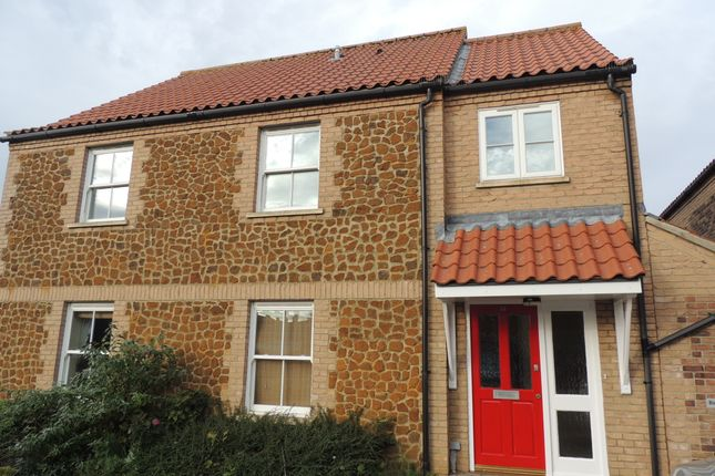 Flat to rent in Old Town Close, Downham Market