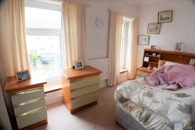 Bedroom 3 of Oakley Terrace, Penrhiwfer, Tonypandy CF40
