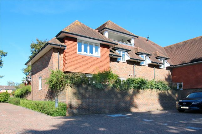Thumbnail Flat for sale in Barn Field Place, East Grinstead, West Sussex