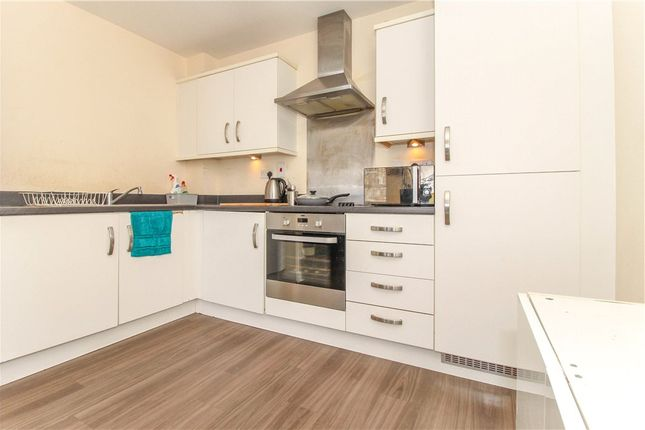 Kitchen of Englefield House, Moulsford Mews, Reading RG30