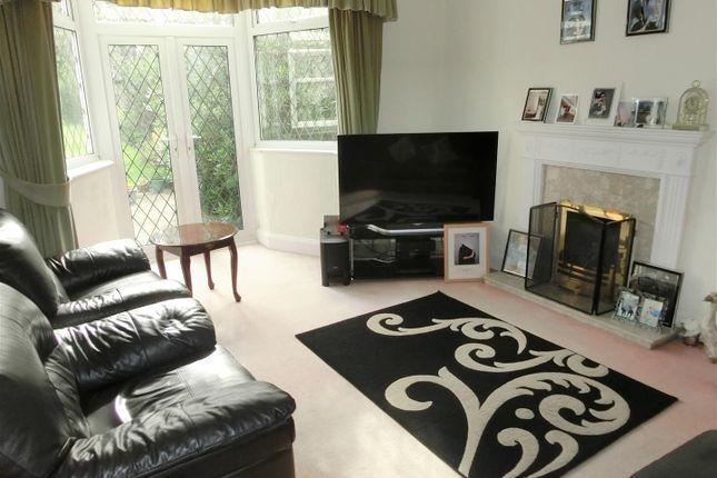 Lounge of Smirrells Road, Hall Green, Birmingham B28