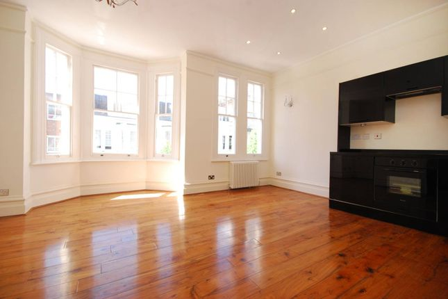 Thumbnail Flat to rent in Dancer Road, Parsons Green