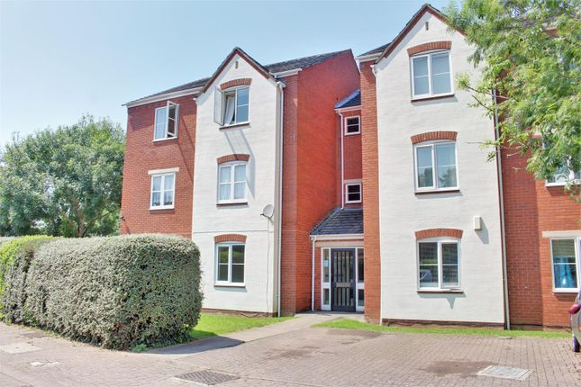 Thumbnail Flat for sale in Overbury Road, Tredworth, Gloucester