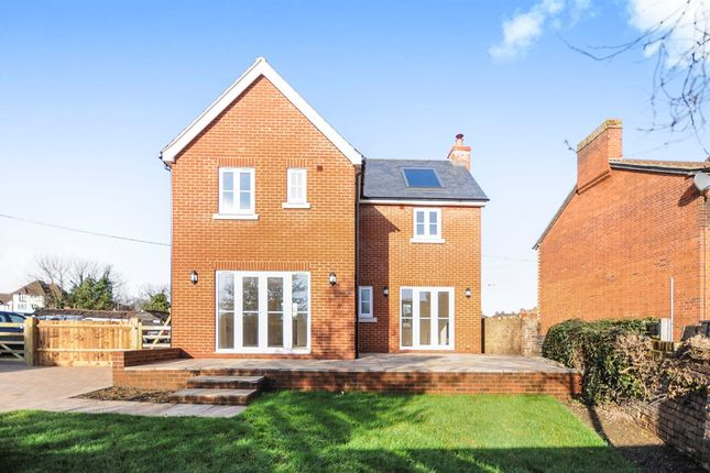 Thumbnail Detached house for sale in Easton Road, Witham