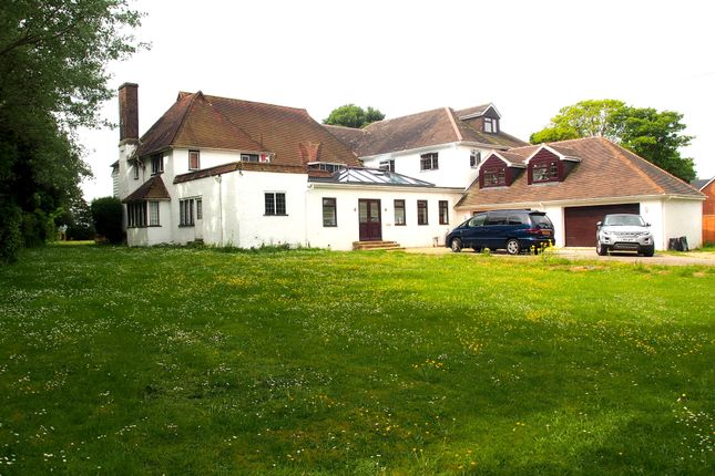 Thumbnail Detached house for sale in Hunters Way West, Darland, Chatham