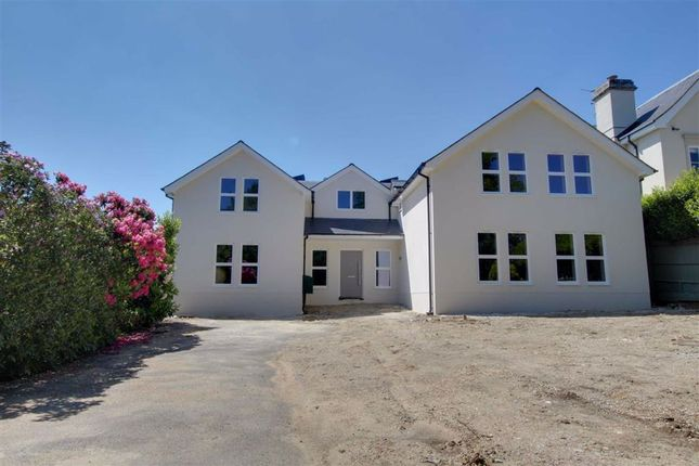 Thumbnail Property for sale in Beech Hill Avenue, Hadley Wood, Hertfordshire