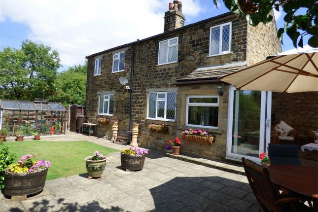 Thumbnail Cottage for sale in Leeds Road, Mirfield