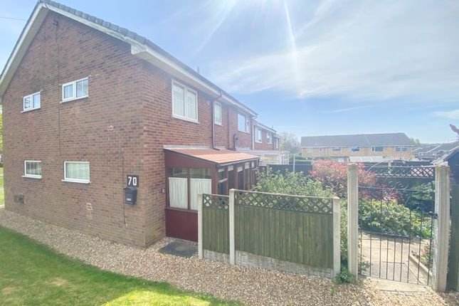 Thumbnail Terraced house for sale in Valley View Drive, Bottesford, Scunthorpe