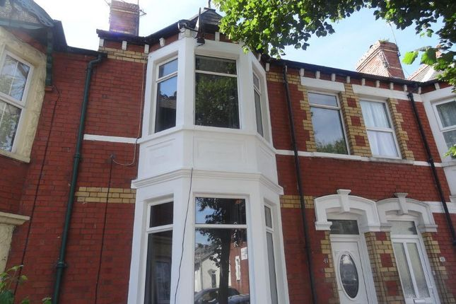 Thumbnail Flat to rent in Tynewydd Road, Barry