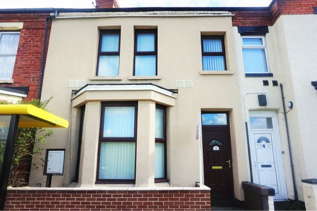 Property to rent in Crosby Road South, Liverpool