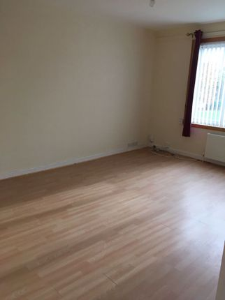 Thumbnail Flat to rent in Thurso Crescent, Dundee