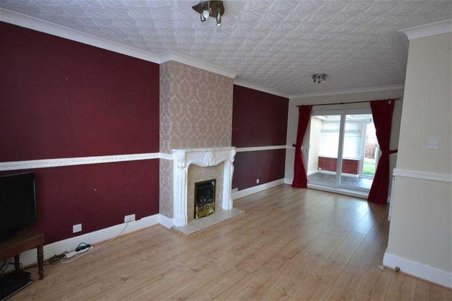 Thumbnail Property for sale in Hemswell Avenue, Greatfield, Hull