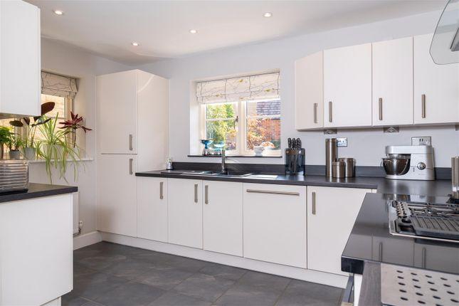 Kitchen V3 of Stirling Way, Moreton In Marsh, Gloucestershire GL56