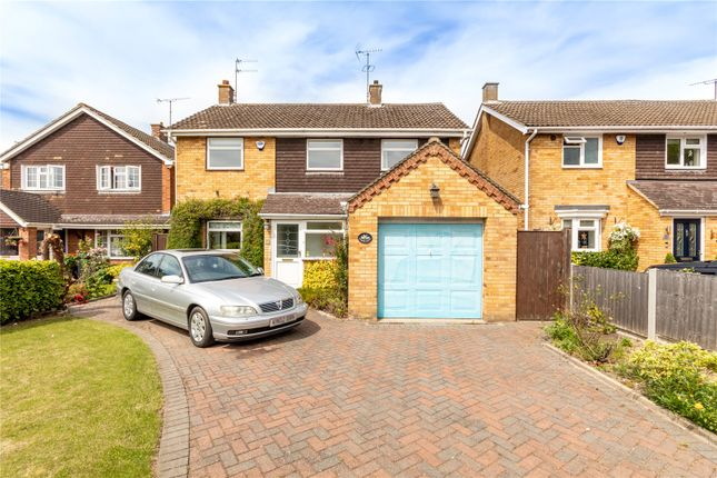 Thumbnail Detached house for sale in Coombe Drive, Dunstable, Bedfordshire