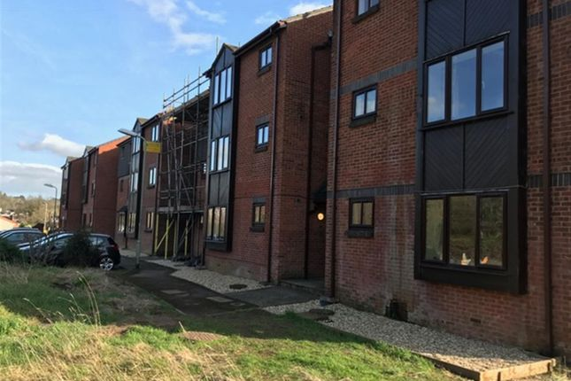 Thumbnail Flat for sale in Holne Court, Kinnerton Way, Exeter