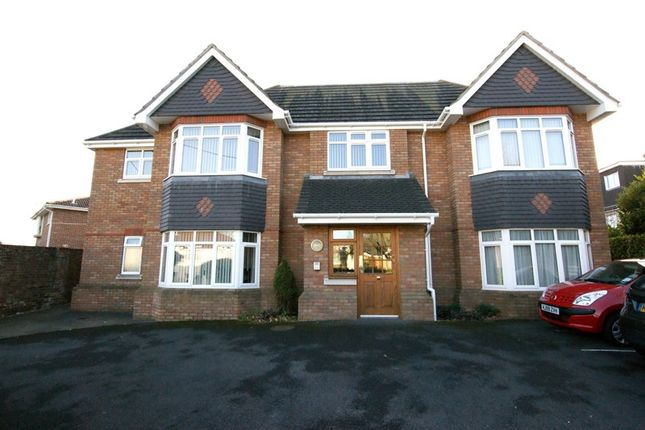 Thumbnail Flat to rent in The Robins, 17 Grange Road, Broadstone, Dorset