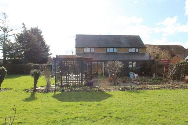 Thumbnail Barn conversion for sale in Manor Court, Lower Twydall Lane, Gillingham, Kent
