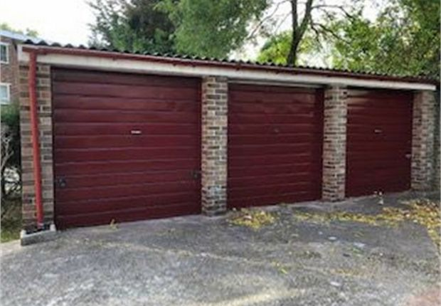 Thumbnail Commercial property for sale in Hawkfield Court, Woodlands Grove, Isleworth, Middlesex