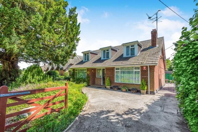 Thumbnail Bungalow for sale in Cliddesden, Basingstoke, Hampshire